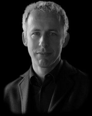 Kevin Hanek, Tenor